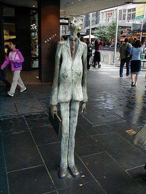 Самые странные статуи мира