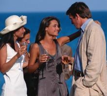 Новый Год 2008: Как одеться на корпоративную вечеринку.