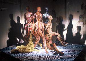 Missoni, Giorgio Armani обращаются к комбинезону как к объекту моды