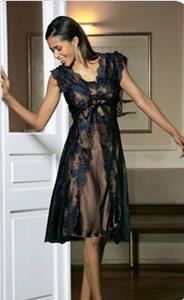 Думаю, что стиль ампир очень будет даже.  Я... Думаю, то платье которое...