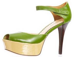 Гардероб в зелёном цвете