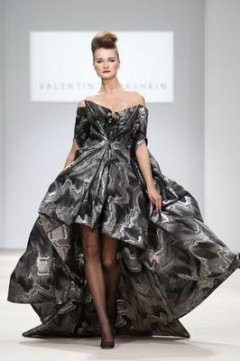 Валентин Юдашкин открывает Неделю Моды В Москве