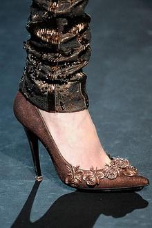 Актуальная осенне-зимняя обувь: полусапожки, туфли, ботильоны, сапоги