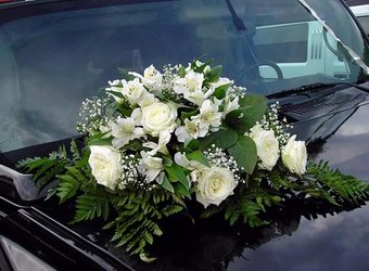 Как украсить свадебный автомобиль. Готовимся к свадебному сезону заранее