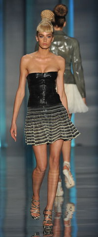 Модные корсеты. Весна 2010