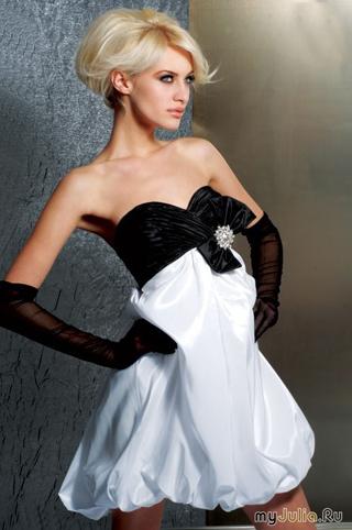 Модные платья лета 2010