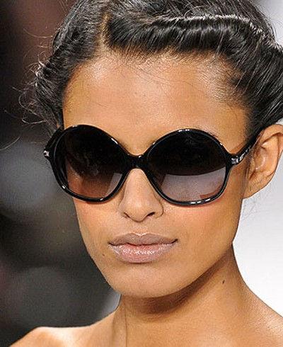 Модные солнцезащитные очки весенне-летнего сезона 2010