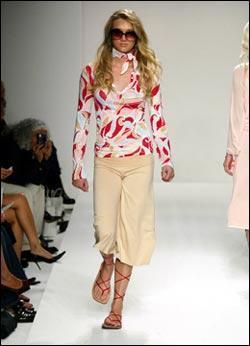 Модные брюки сезона весна-лето 2010