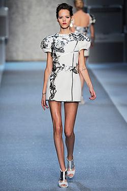 Советы модельеров и визажистов по вопросам стиля