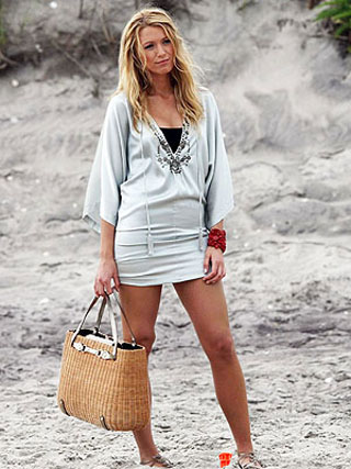 Пляжная мода лета 2010: платья, сарафаны, шорты, юбки, парео