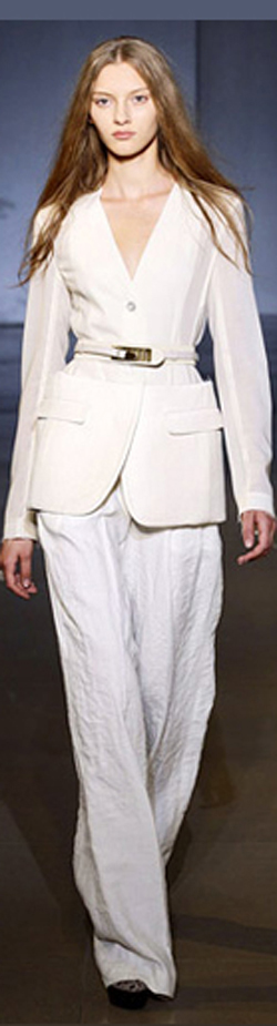 Модные брючные костюмы 2010