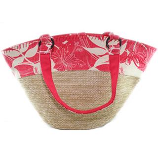 Но не всегда пляжная сумка по форме похожа именно на сумку.
