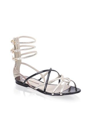 Модная летняя обувь: сандалии-гладиаторы