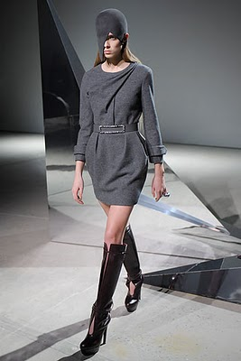 Модные осенние платья из коллекции Halston