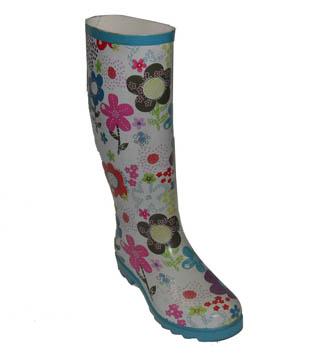 Модные резиновые сапоги наступающей зимы