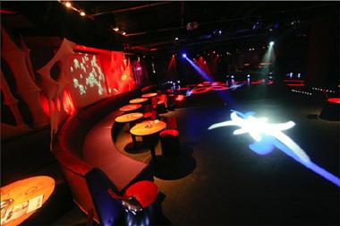 Популярные места отдыха: ночные клубы Европы