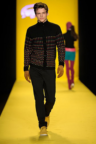 Модные мужские свитера с узорами зима 2010/2011