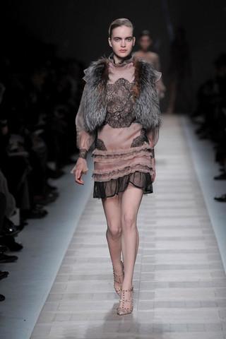 Шикарные вечерние платья от Valentino зима 2010/2011