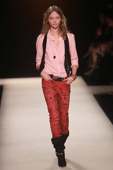 Модные джинсы весна 2011