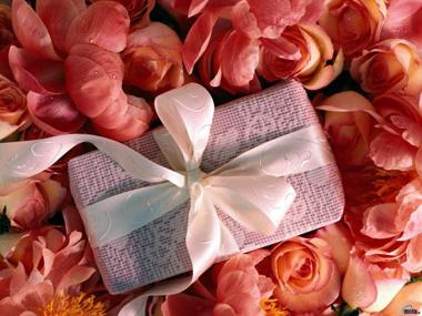 Подарки для любимых женщин на День святого Валентина
