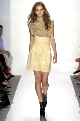 Модные блузки 2011 года