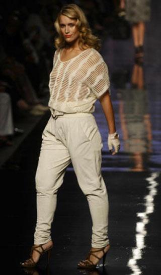 7 советов: как одеваться полным дамам