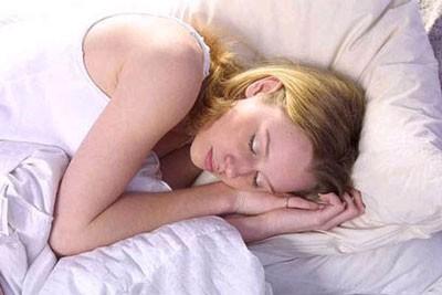 Правильные позы для здорового сна