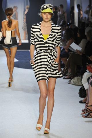 Модные головные уборы лето 2011