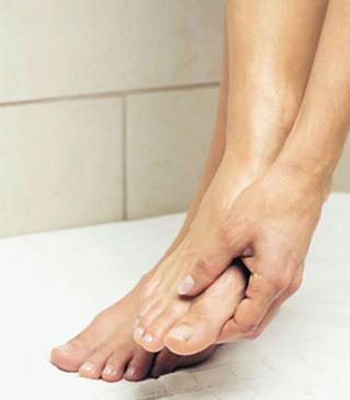 Ежедневный уход за ногами