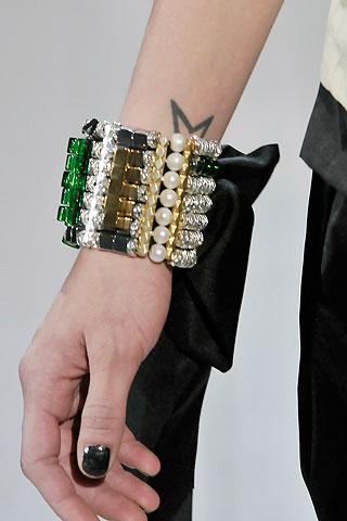 Самые модные украшения 2011-2012
