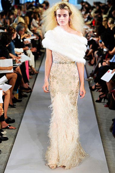 Модные платья и сарафаны весна-лето 2012