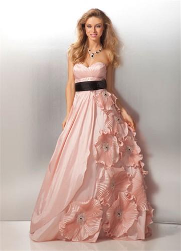 Какое платье выбрать для бала?