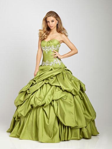 Плаття для балу