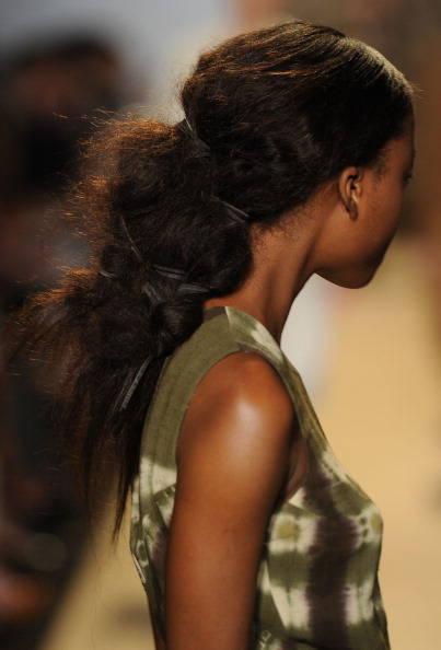 Модные прически 2012