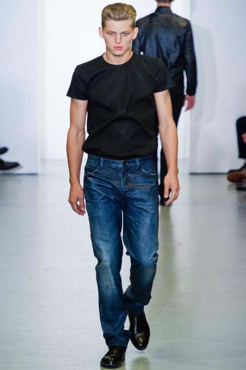 Главные модные тенденции мужских джинсов 2012