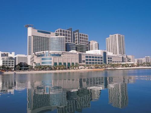 Отправляемся в Абу-Даби