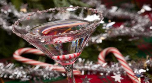 Алкогольные и безалкогольные новогодние коктейли